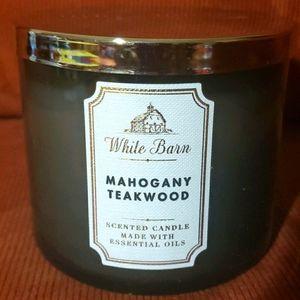 Bath & Bodyworks Mahogany Teakwood 3-wick Candle